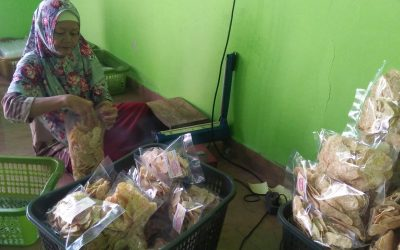 "Pasar Keripik Tempe ""Karunia"" Rambah Luar Kabupaten Bungo"
