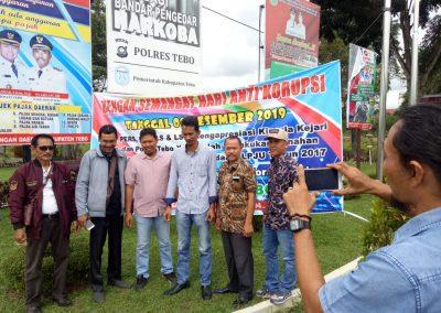 Aktifis ormas, LSM dan Wartawan peringati hari anti korupsi 12 Desember 2019 dengan sembelih tiga ekor kambing
