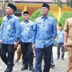 Tinjau UNBK, Gubernur Harapkan Siswa Lulus Dengan Nilai Baik