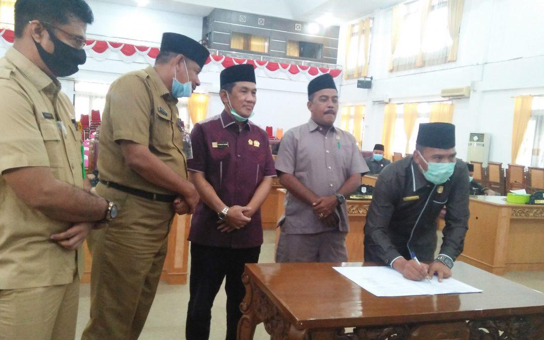 Paripurna Pendapat Akhir Fraksi LKPj TA 2019, DPRD Tebo Kritisi Kebijakan Pembangunan