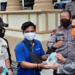 Wartawan Dapat Vitamin dan Masker Dari Kapolda Jambi