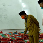 Fachrori Berikan 500 Paket Sembako Dari PUSKUD