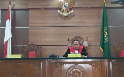 Gugatan Hutang Timses Pilkada Tebo, Hakim Hukum Penggugat