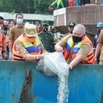 Gubernur Jambi Salurkan JPS Tahap II di Tebing Tinggi