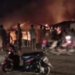Toko dan Rumah Mutmainah di Pasar Sei. Bengkal Dilahap Sijago Merah