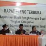 Pleno KPUD, Saksi Paslon CE – Ratu Tuding Terjadi Kecurangan PPS dan KPPS