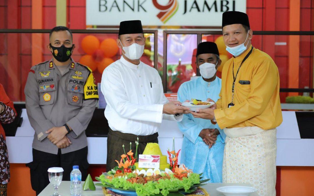 HUT Bank Jambi ke – 58 Di Muara Tebo, Sukandar Pimpin Upacara