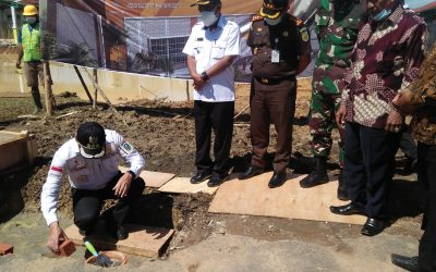 Kontraktor Pembangunan Poliklinik RSUD Yakinkan Pekerjaan Tepat Waktu